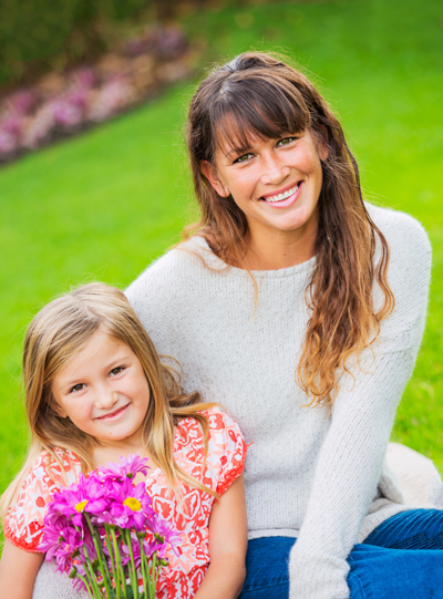 Portrait-of-happy-mother-and-daughter-000031868064_Full